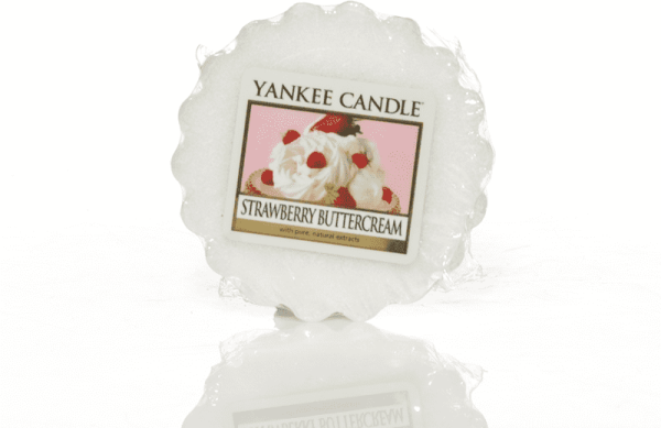 Yankee Candle Strawberry Buttercream Tart